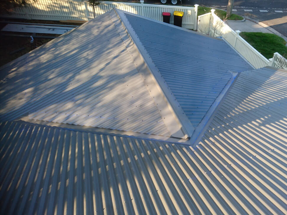 New section of Colorbond Roof Woodland Grey